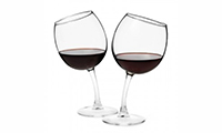 2-Free-Wines-or-Wine-Glasses